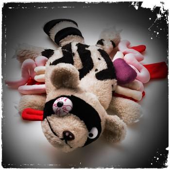 1818ecf32959e02c1800676ce94dfb44 350x350 Who said toys need to be cute?