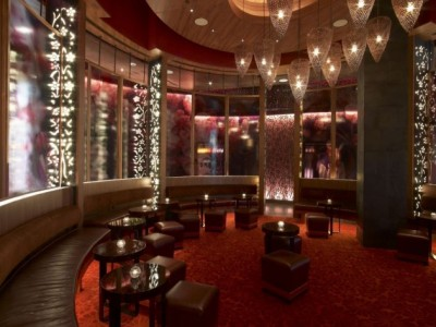 nobu 091208 01 400x300 First Nobu Restaurant in Middle East