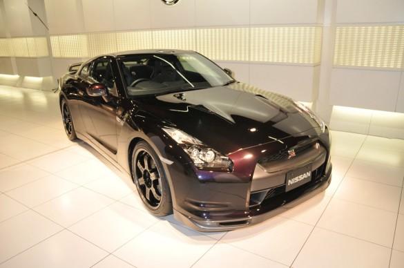 01 nissan gtr specv live 585x388 Nissan GT R SpecV