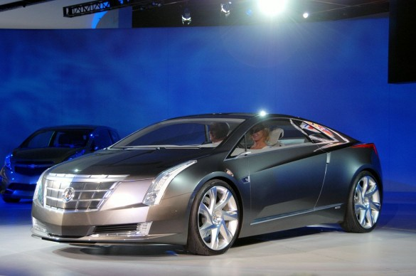 cadillacconverjdd 09 585x388 Cadillac Converj Concept