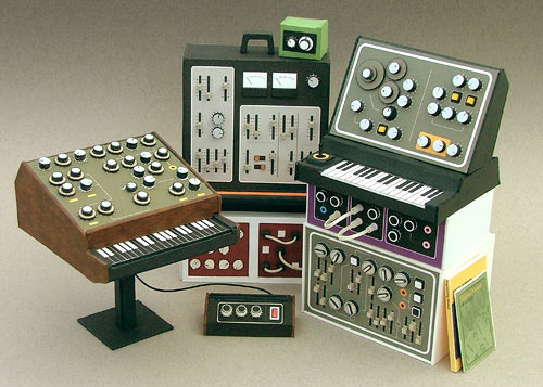 dan mcparlin retro synths 00 Mini Retro Synthesizers   Dean McPharlin
