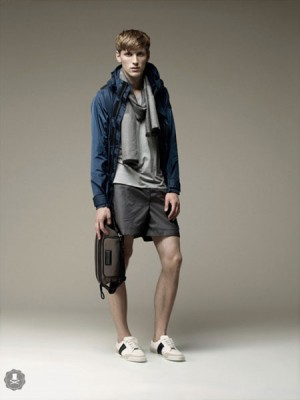 burberry sport spring 2009 04 300x400 Damn! All my breezy fashion is totally unnecessary!
