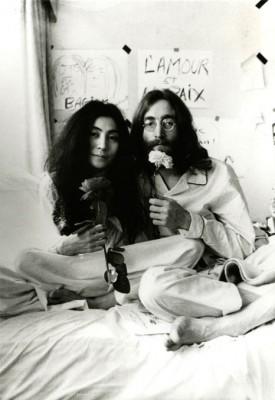0bed 0033 275x400 Signed John & Yoko