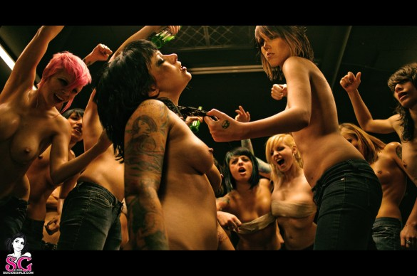 658179 585x388 Suicide Girls Bring You Sexiest Fight Club Ever