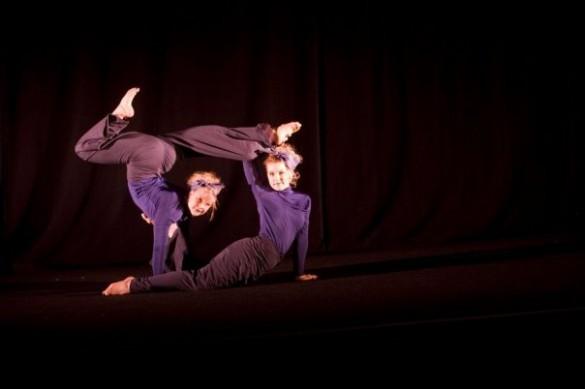 bbb 2 585x389 Broken Body Ballet