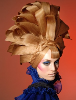 gregory dean hairstylist 1 304x400 GregoryDeans Hair Sculptures